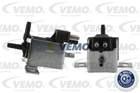 Vemo Klep luchtbesturing-binnenkomende lucht / Schakelaar differentieelblokkering / Uitlaatgasklep Electr. V30-63-0026
